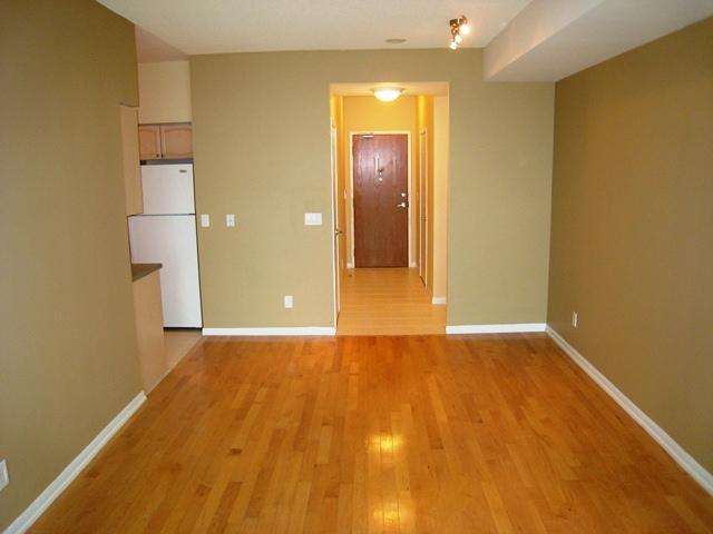 219 Fort York 2512, Toronto, Living Room