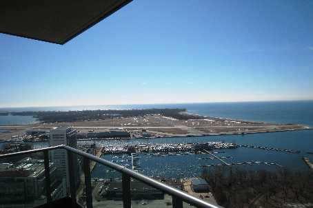 215 Fort York PH 3704 View of Lake and Billy Bishop/Toronto Island Airport