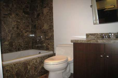 80 Yorkville 404 Bathroom